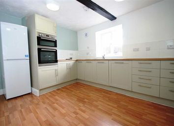 Thumbnail 2 bed flat to rent in Cheap Street, Newbury