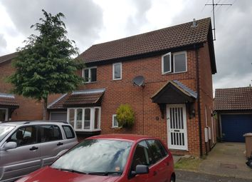 Thumbnail 4 bedroom detached house to rent in Gold Crest Close, Luton
