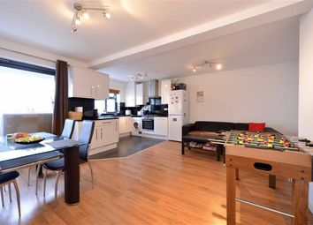 Thumbnail 3 bed flat to rent in Golders Green Road, Golders Green