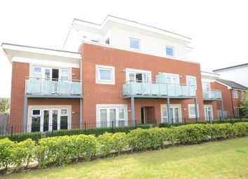 Thumbnail 1 bedroom flat for sale in Palmerston House, 3 Aran Walk, Reading