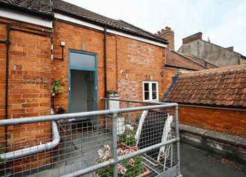 Thumbnail 1 bed flat for sale in Feversham Lane, Glastonbury
