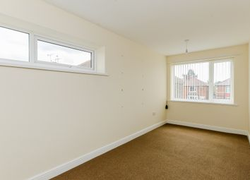 Thumbnail 3 bed flat to rent in Tennyson Avenue, Doncaster