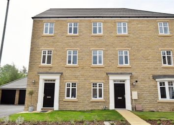 Thumbnail 3 bed property to rent in St Matthews Close, Lightcliffe, Halifax