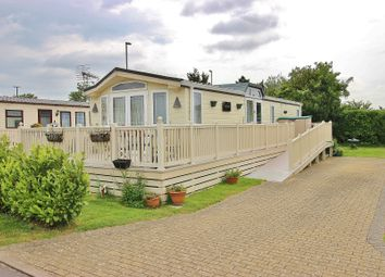Thumbnail 2 bedroom mobile/park home for sale in Harbourside Park, Eastern Road, Portsmouth