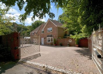 Thumbnail 5 bed property for sale in Delarue Close, Tonbridge