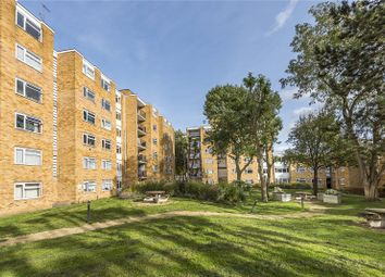Thumbnail 2 bedroom flat for sale in Traherne Lodge, Walpole Road, Teddington