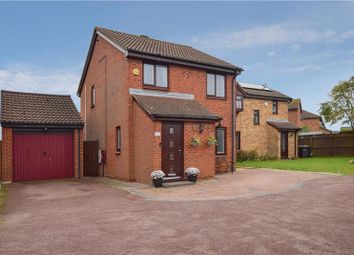 Thumbnail 3 bed detached house for sale in Redmire Close, Luton
