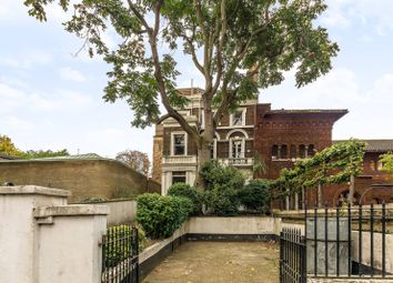 Thumbnail 3 bedroom flat to rent in Palace Gardens Terrace, Notting Hill