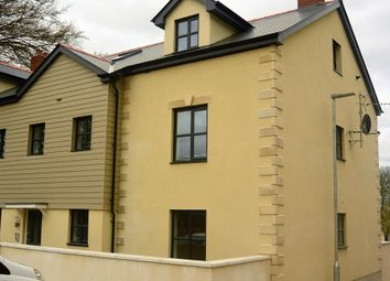 Thumbnail 2 bed flat to rent in College Green, Penryn