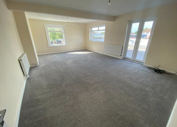 Thumbnail 3 bed flat to rent in Pavenhill, Purton