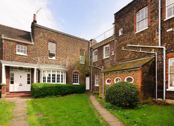 Thumbnail 3 bedroom flat to rent in Macartney House, Greenwich