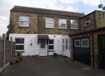 Thumbnail 1 bedroom flat for sale in Cliffsea Grove, Leigh-On-Sea