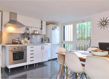 2 bed maisonette to rent in Lorrimore Square, London SE17