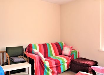 2 bed flat for sale in Ashburnham Road, Bedford MK40