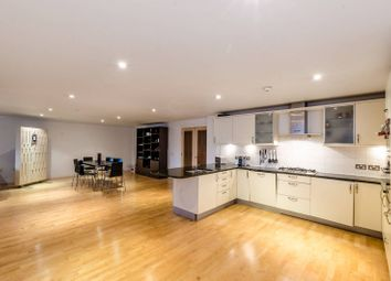 Thumbnail 1 bed flat to rent in Margery Street, Islington
