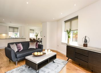 Thumbnail 2 bedroom town house for sale in Coliston Passage, London