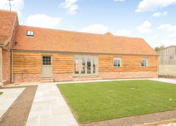 Thumbnail 2 bedroom barn conversion to rent in Park Lane, Stanford In The Vale
