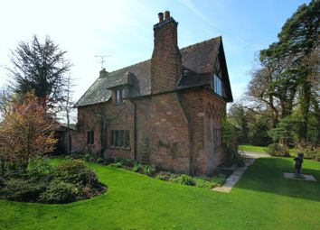Thumbnail 3 bed detached house for sale in Norley Road, Cuddington