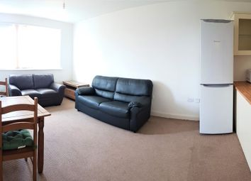 2 bed flat to rent in Denmark Road, Manchester M15