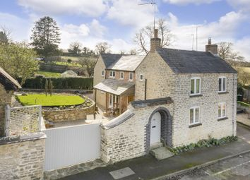 Thumbnail 4 bed cottage for sale in Freehold Street, Lower Heyford, Bicester