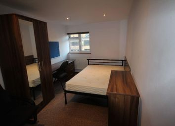 Thumbnail 1 bed flat to rent in Park St, Luton, Bedfordshire