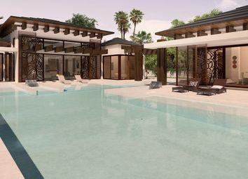 Thumbnail 4 bed villa for sale in Estepona, Málaga, Spain