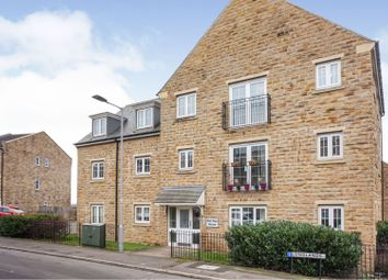 Thumbnail 2 bed flat for sale in Longlands, Bradford
