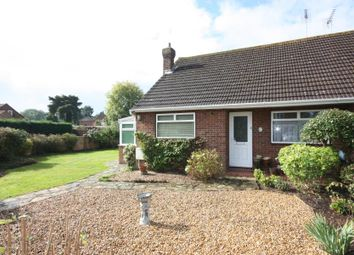 Thumbnail 2 bed bungalow to rent in Queenhythe Road, Jacob's Well, Guildford