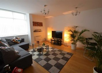 2 bed flat to rent in Hudson Court, Salford Quays, Salford M50