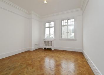 Thumbnail 4 bed flat to rent in Chiltern Court, Baker Street, London