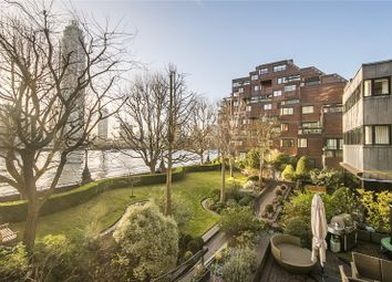 Thumbnail 3 bed flat for sale in Crown Reach, Grosvenor Road, London