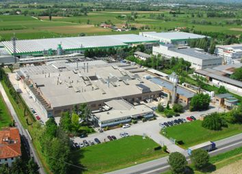 Thumbnail Business park for sale in Via C. Battisti, N. 71, Vazzola, Treviso, Veneto, Italy