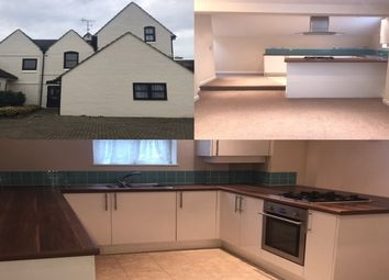 Thumbnail 2 bedroom flat to rent in London Road, Teynham, Sittingbourne