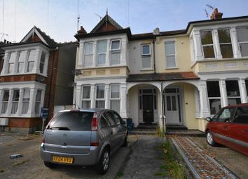 Thumbnail 1 bed property to rent in Kilworth Avenue, Southend-On-Sea