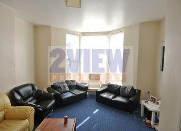 Thumbnail 3 bed flat to rent in Regent Park Terrace, Leeds, West Yorkshire