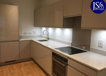 Thumbnail 1 bed flat to rent in Glassblowers House, Abbot Road, London