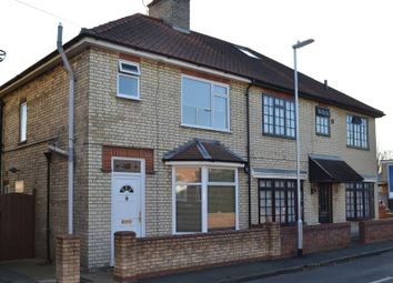 Thumbnail 3 bed property to rent in Natal Road, Cambridge