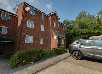 2 bed flat for sale in Wingrove Drive, Purfleet RM19