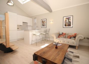 Thumbnail 2 bedroom flat to rent in Melrose Avenue, Willesden Green