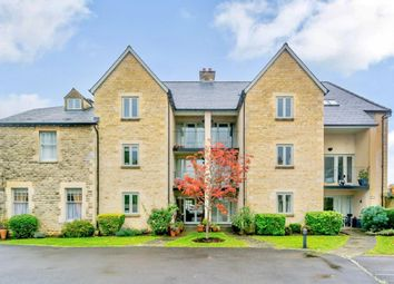 Thumbnail 3 bed flat for sale in London Road, Cirencester