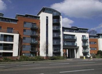 Thumbnail 2 bed flat to rent in Kings Gate, Horsham