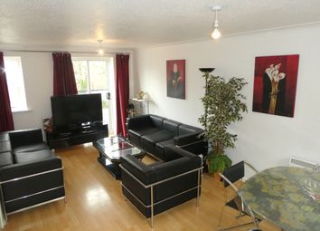 3 bed flat to rent in Chorlton Road, Hulme, Manchester M15