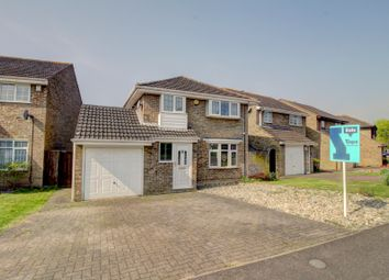 4 bed detached house for sale in Favell Drive, Furzton, Milton Keynes MK4