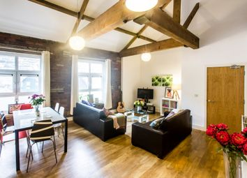 Thumbnail 4 bed flat to rent in Ray Street, Huddersfield