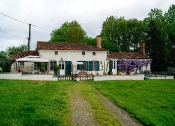 Thumbnail 4 bed property for sale in St-Pardoux, Deux-Sèvres, France