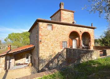 Thumbnail 4 bed country house for sale in Casale Il Colombaio, Sinalunga, Siena, Tuscany, Italy