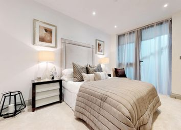 Thumbnail 3 bedroom flat for sale in Brighton Road, Surbiton