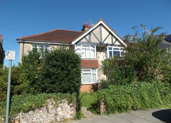 Thumbnail 2 bed flat to rent in Orchard Gardens, Chichester