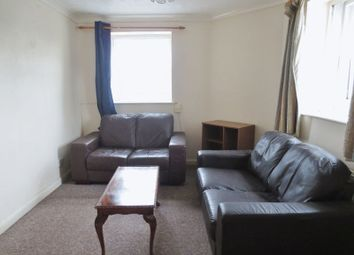 Thumbnail 2 bed flat to rent in Southover Street, Brighton