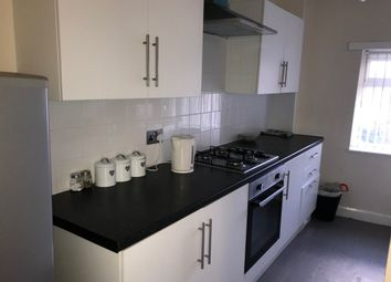 2 bed flat to rent in Warrington Road, Abram, Wigan WN2
